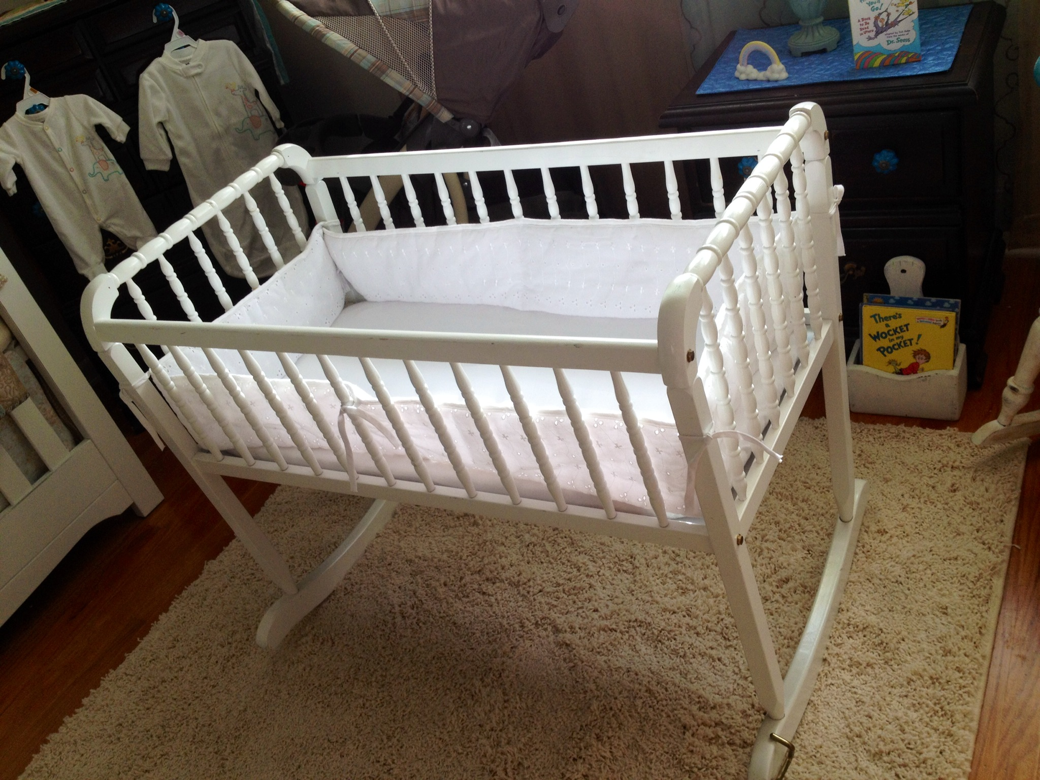 Iron crib for sale craigslist - Again I Adore This Vintage Style And It Is Extremely Similar To A Crib In Design And Feel Hopefully Easing The Transition Later On